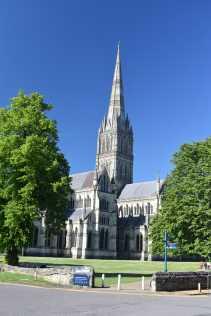 SalisburyCathedral (1)-min
