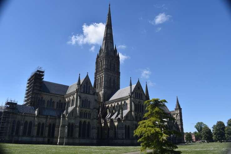 SalisburyCathedral (13)-min