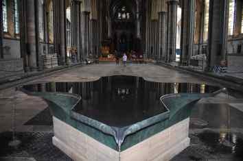 SalisburyCathedral (18)-min