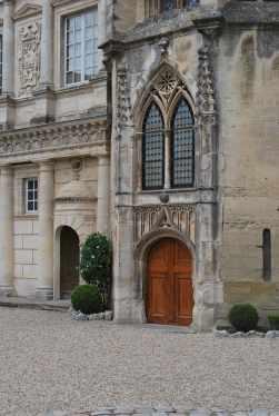 Arles-Uzes (16)-min