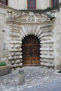 Arles-Uzes (25)-min