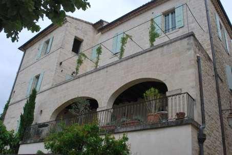 Arles-Uzes (6)-min