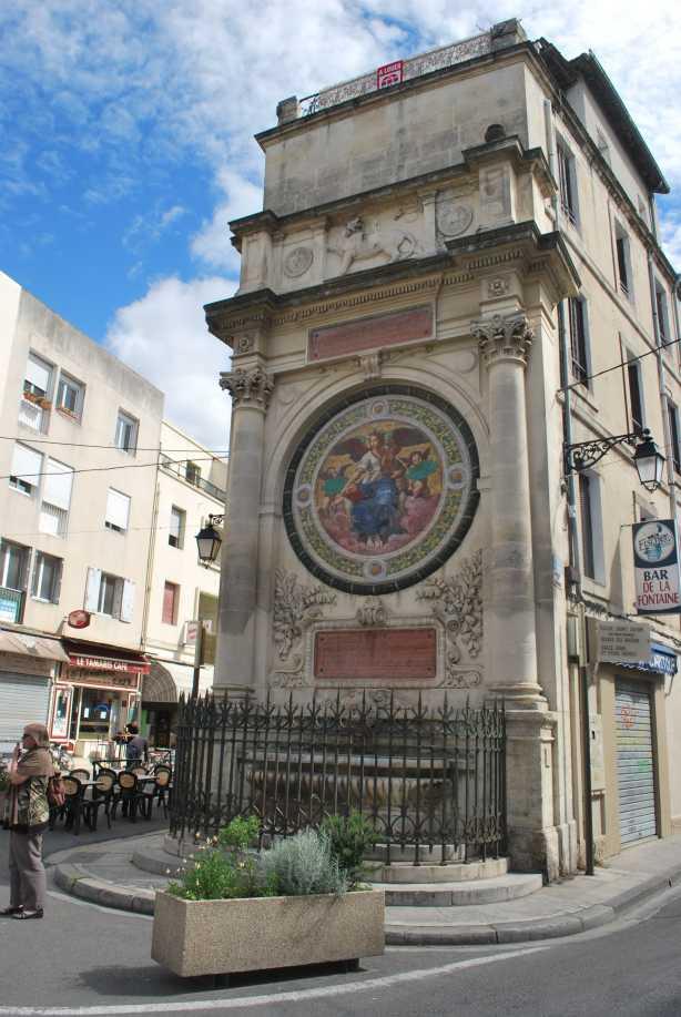 Arles-Uzes (70)-min